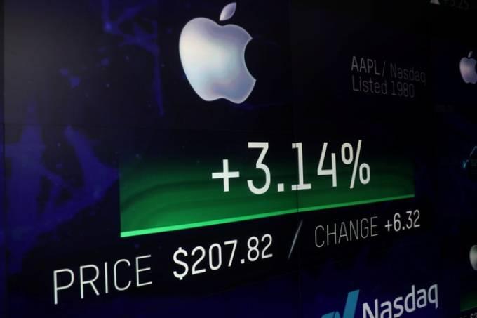 Apple_Mike Segar_Reuters
